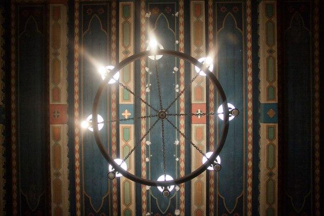 UT-library-lights